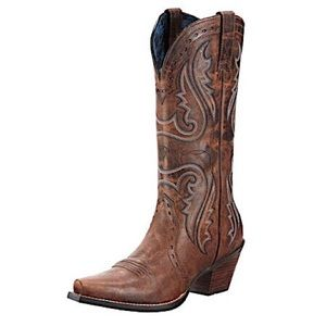 ISO: Ariat Heritage Western X Toe Boot